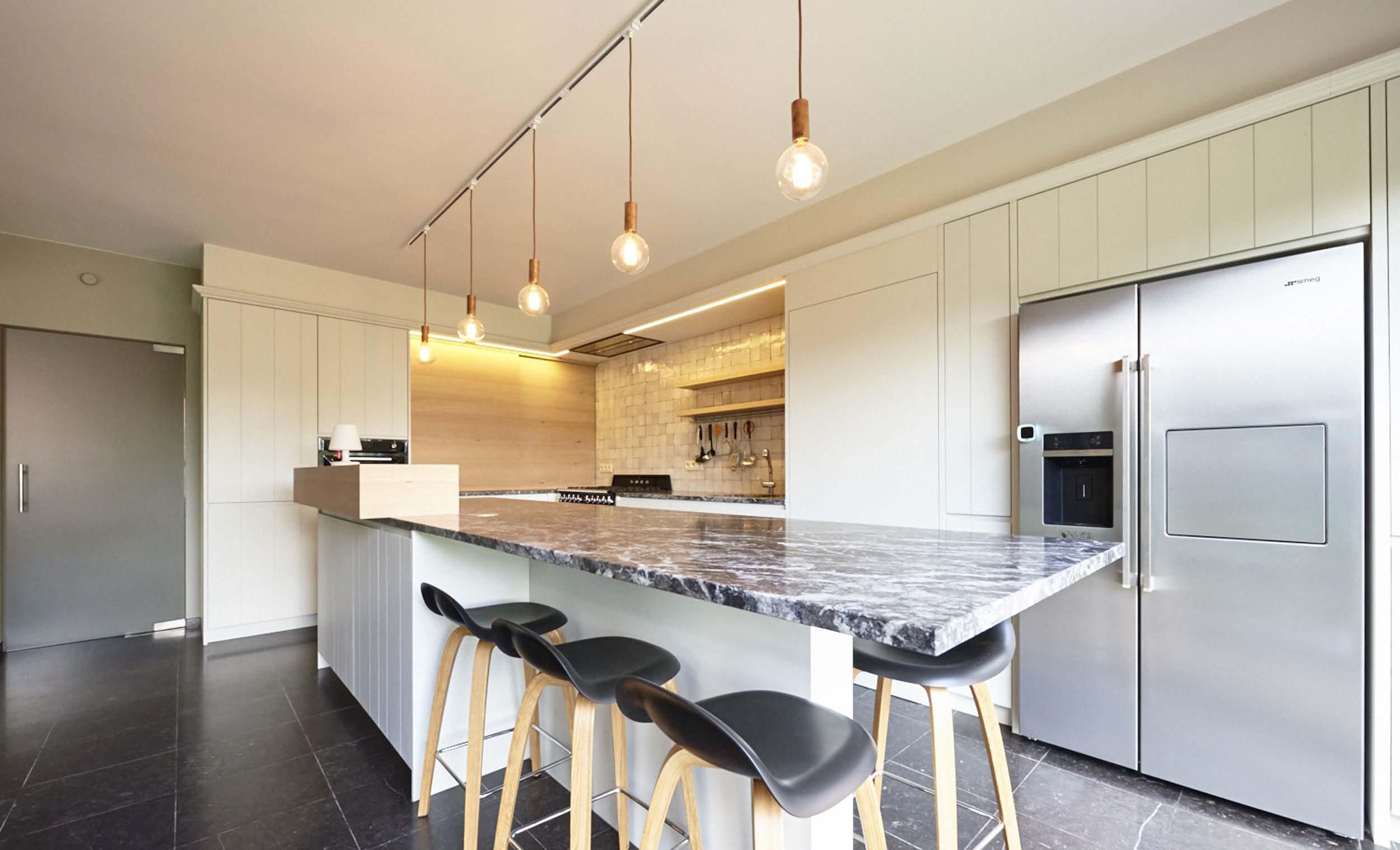 Vanda-projects-interieurinrichting-meubelmakerij-oost-vlaanderen-dumoulin-eetstoelen