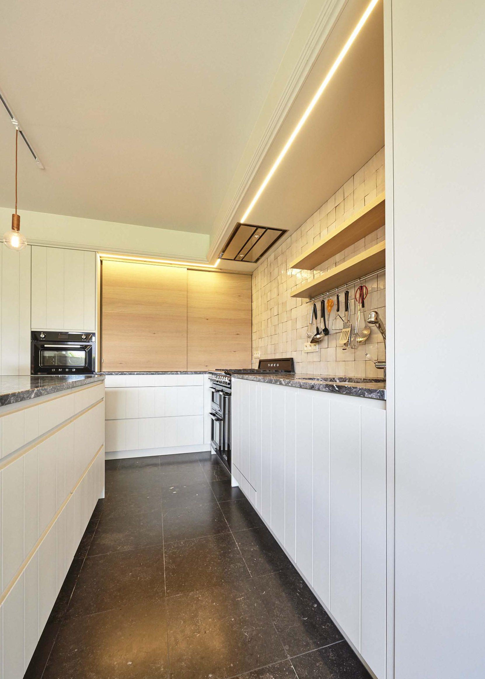 Vanda-projects-interieurinrichting-meubelmakerij-oost-vlaanderen-dumoulin-keuken-verlichting