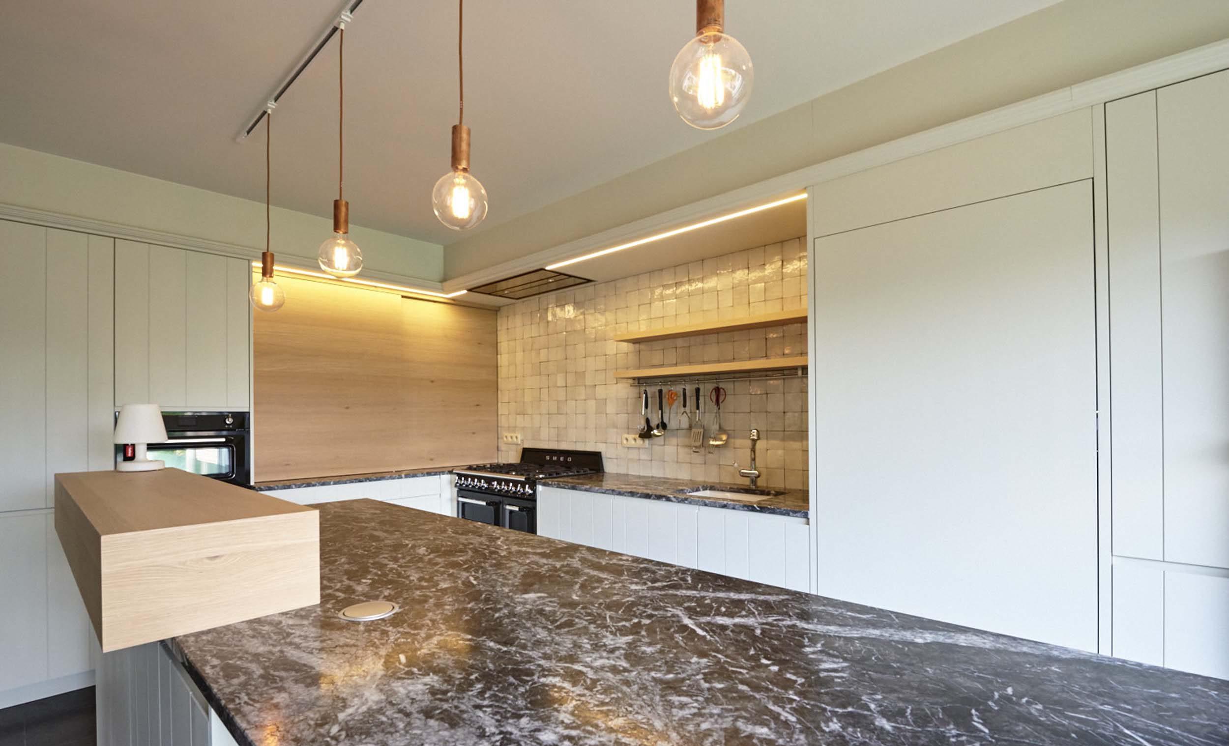 Vanda-projects-interieurinrichting-meubelmakerij-oost-vlaanderen-dumoulin-keukeneiland
