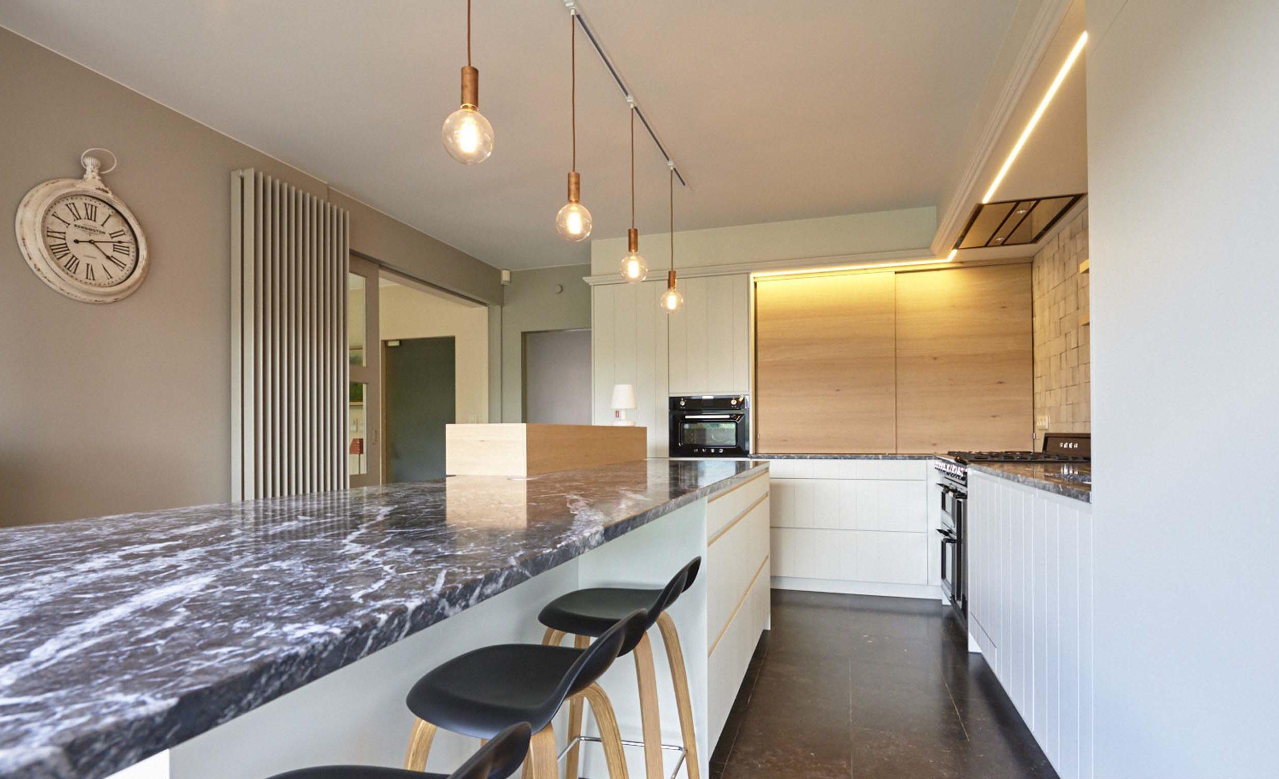 Vanda-projects-interieurinrichting-meubelmakerij-oost-vlaanderen-dumoulin-verlichting
