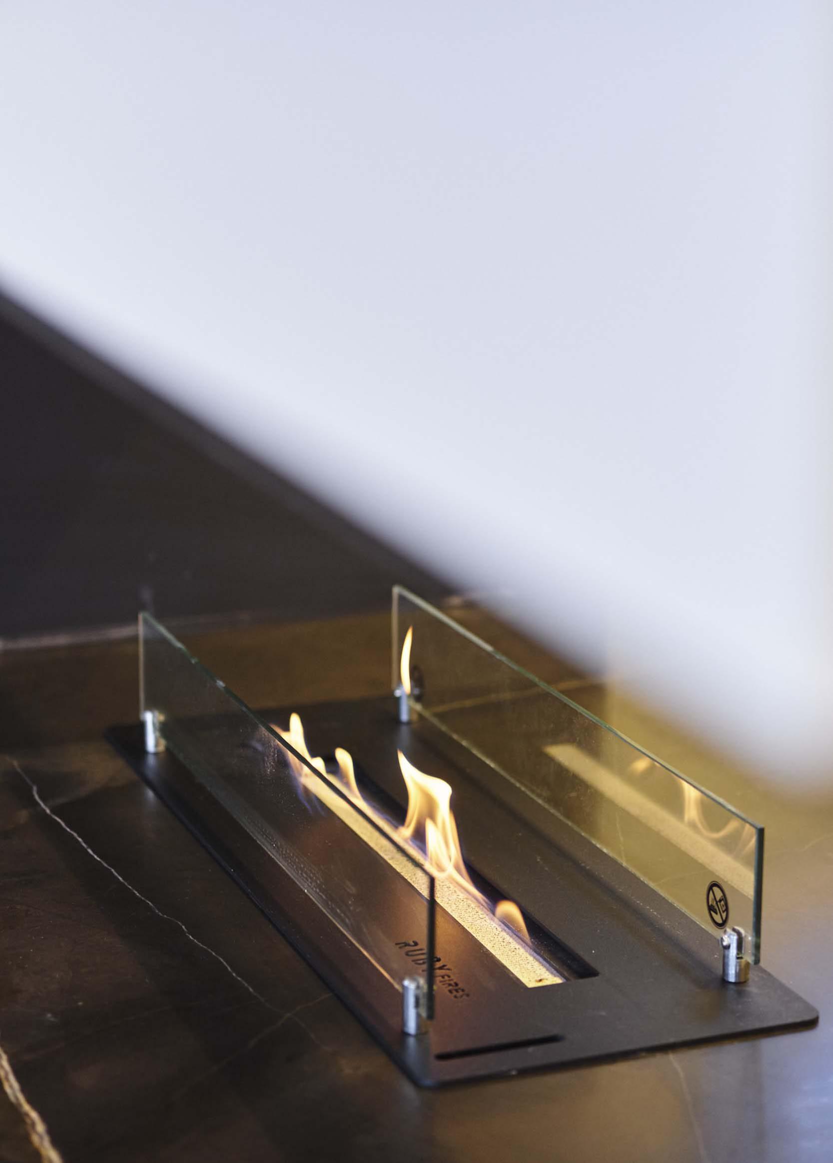 Vanda-projects-interieurinrichting-meubelmakerij-oost-vlaanderen-riem-glas-vlam