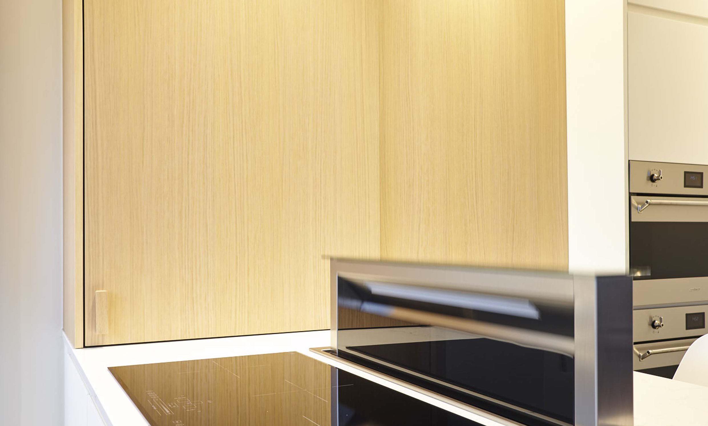 Vanda-projects-interieurinrichting-meubelmakerij-oost-vlaanderen-six-gent-inklapbaar