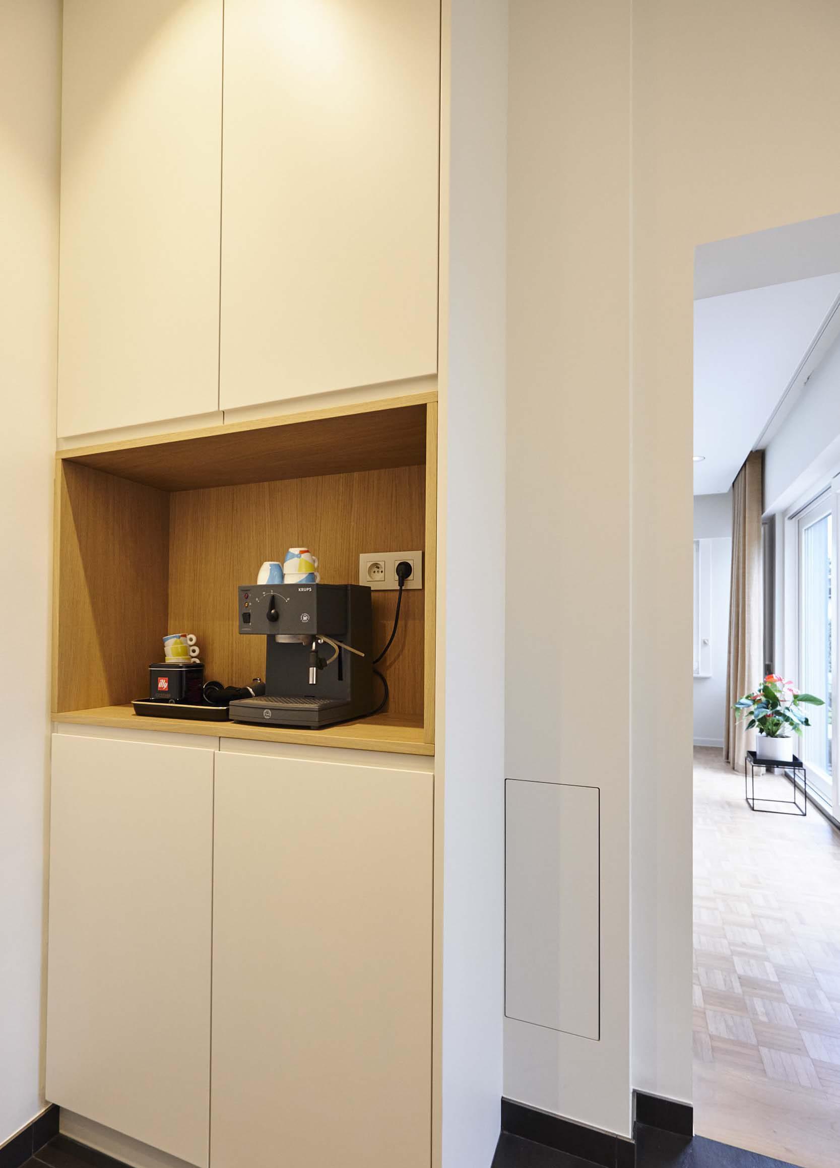 Vanda-projects-interieurinrichting-meubelmakerij-oost-vlaanderen-six-gent-koffiehoek