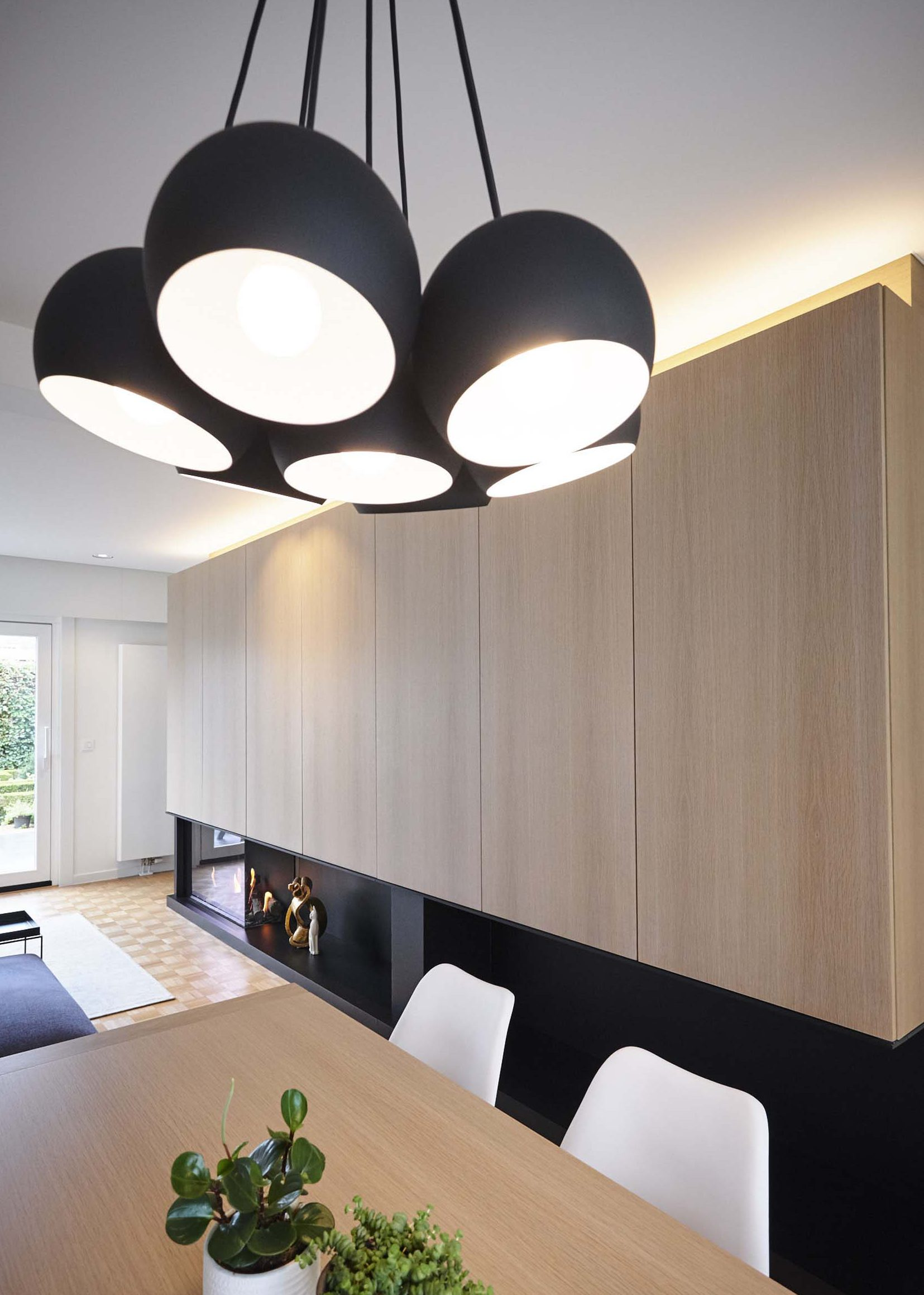 Vanda-projects-interieurinrichting-meubelmakerij-oost-vlaanderen-six-gent-verlichting