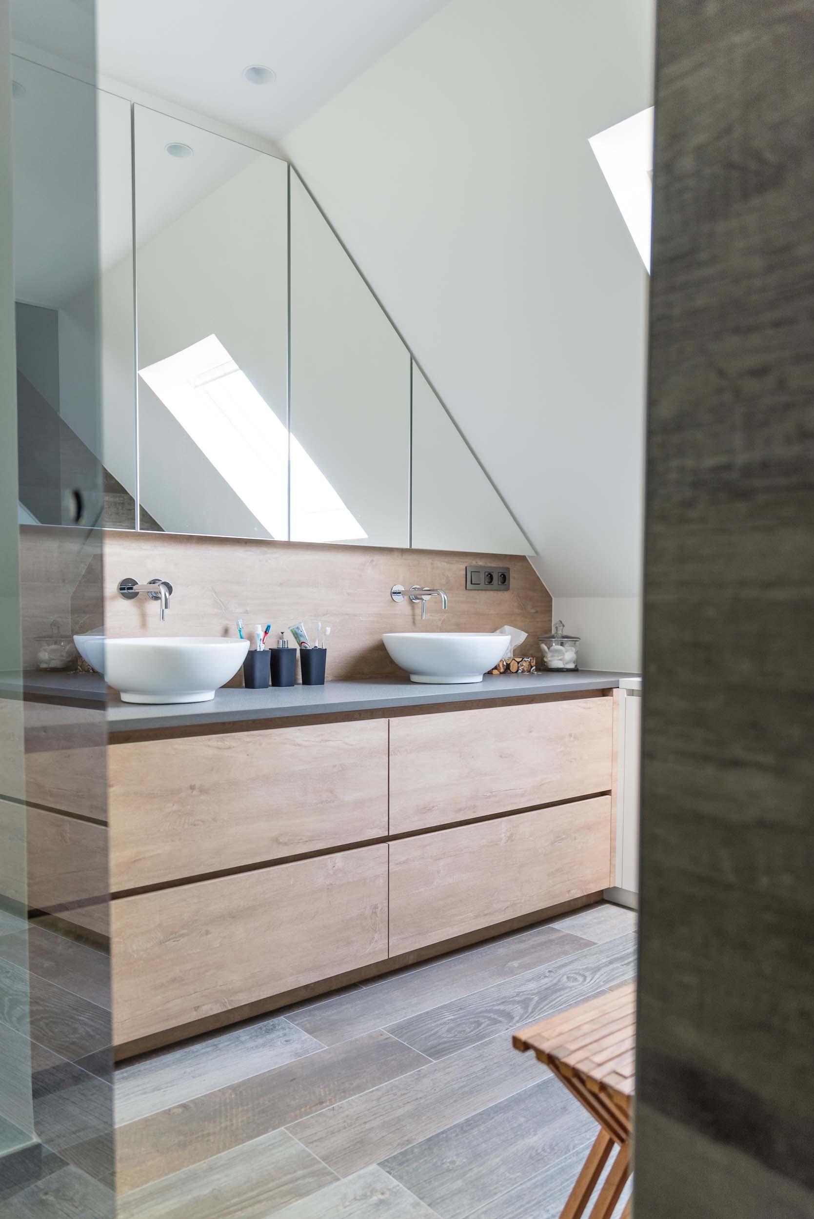 Vanda-projects-interieurinrichting-meubelmakerij-oost-vlaanderen-six-marke-badkamer