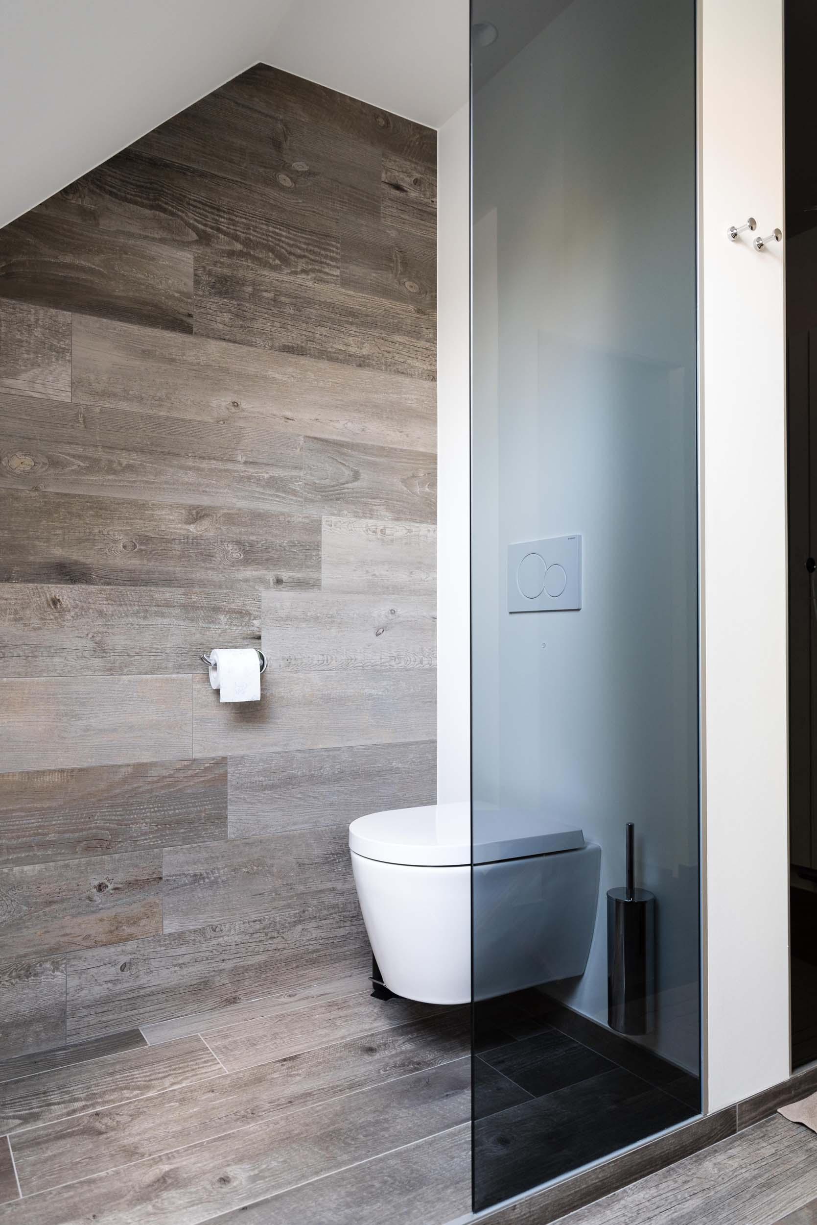 Vanda-projects-interieurinrichting-meubelmakerij-oost-vlaanderen-six-marke-toilet