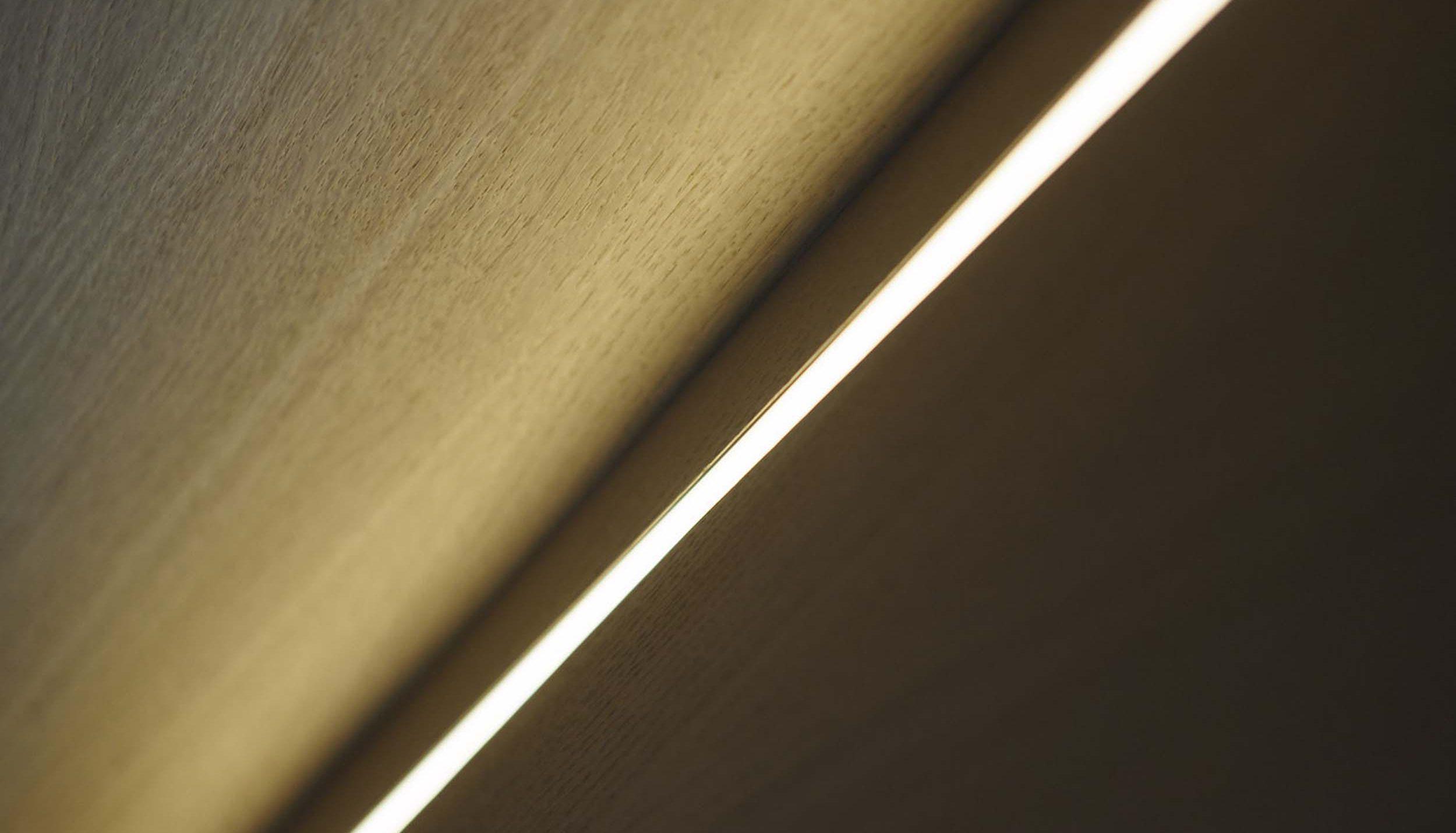Vanda-projects-interieurinrichting-meubelmakerij-oost-vlaanderen-verfaillie-anne-afwerking