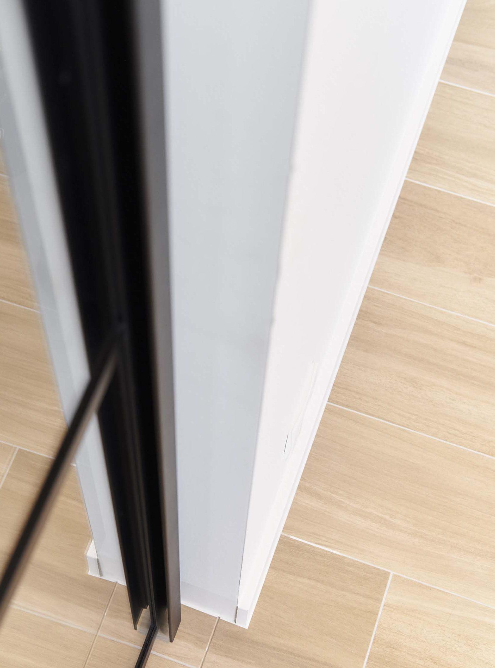 Vanda-projects-interieurinrichting-meubelmakerij-oost-vlaanderen-verfaillie-anne-deurframe