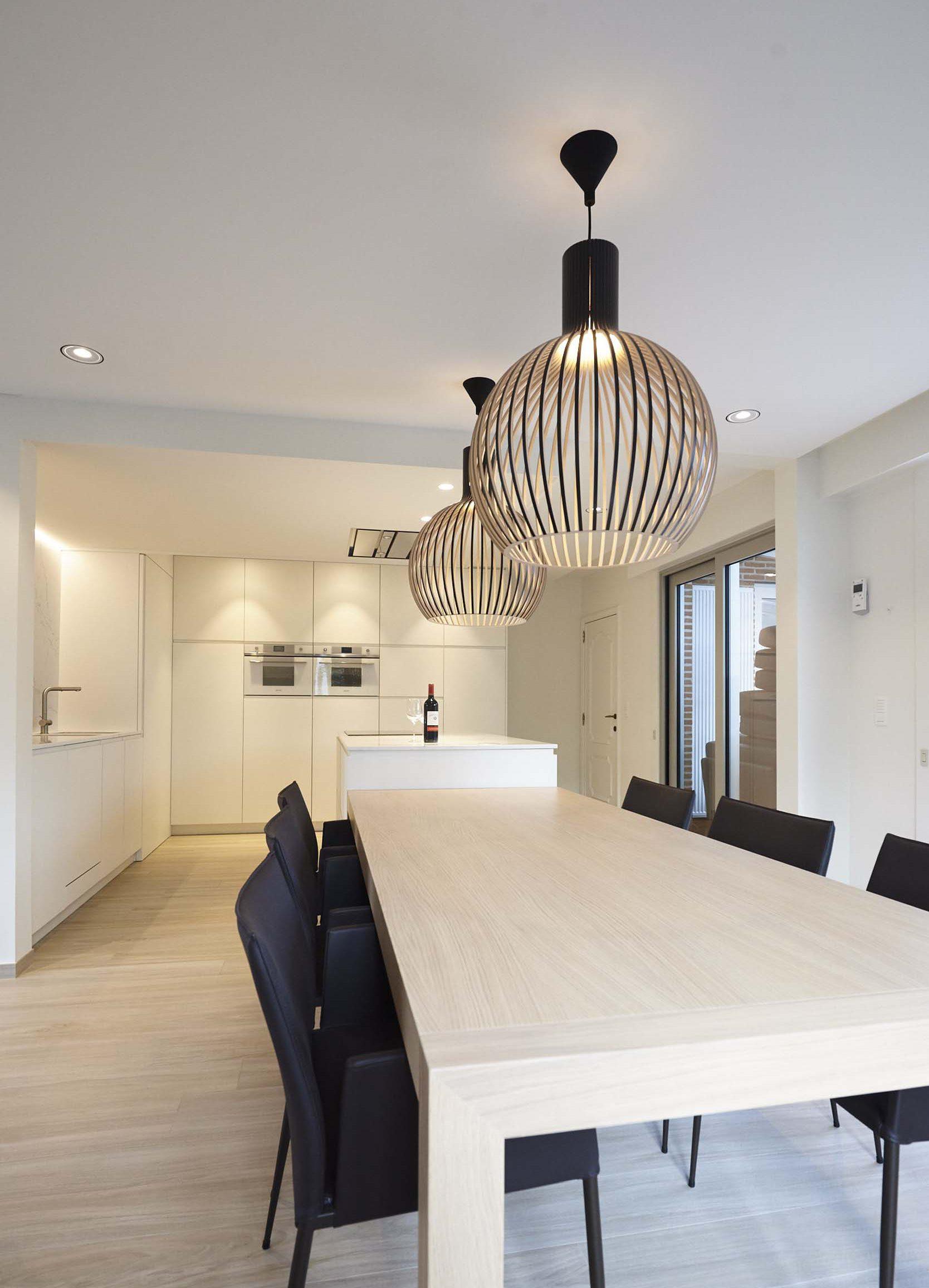 Vanda-projects-interieurinrichting-meubelmakerij-oost-vlaanderen-verstraete-tielt-lamp