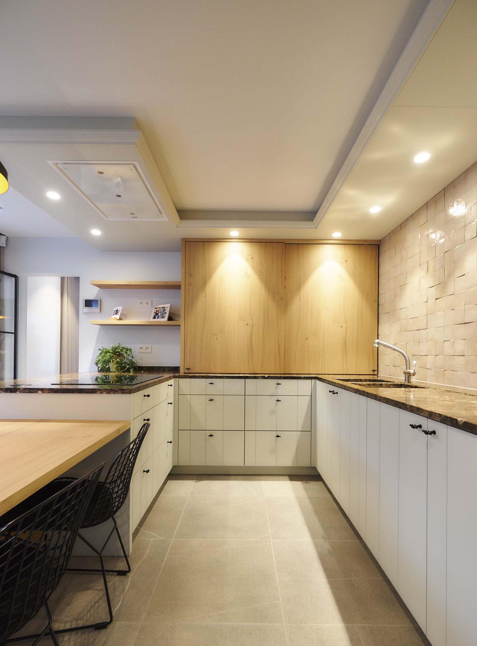 Vanda-projects-interieurinrichting-meubelmakerij-oost-vlaanderen-vilez-houtenkast