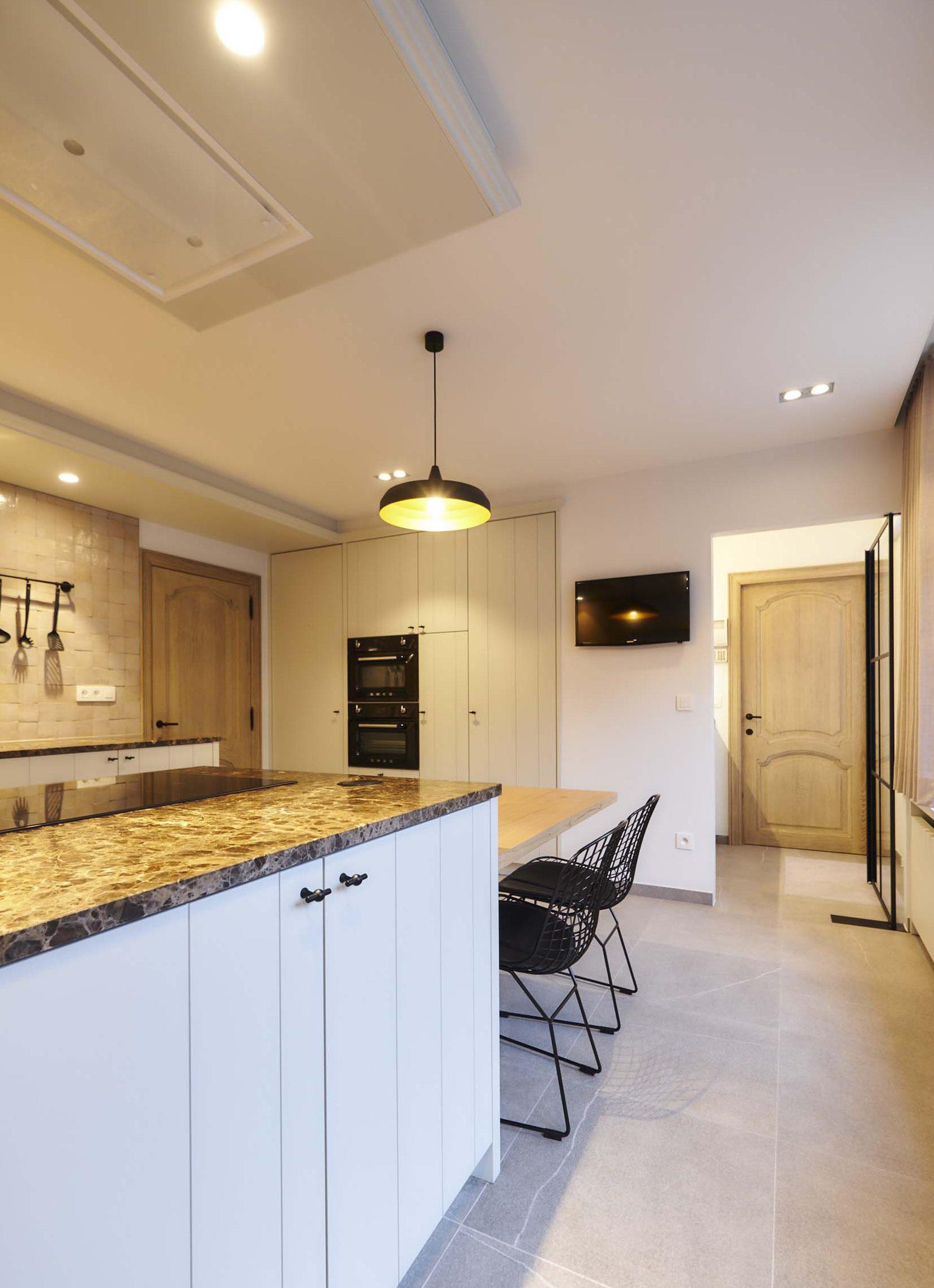 Vanda-projects-interieurinrichting-meubelmakerij-oost-vlaanderen-vilez-keuken-kasten